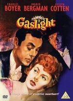 Gaslight - George Cukor