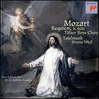 Mozart: Requiem - Barbara Holzl (mezzo-soprano); Harry van der Kamp (bass); Jorg Hering (tenor); Marina Ulewicz (soprano);...