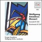Mozart: Serenade KV 203; Divertimento KV 247
