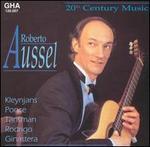 Plays 20th Century Music