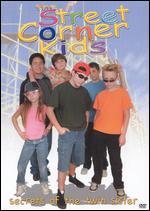The Street Corner Kids: Secret of the Twin Sister - Margaret Raphael